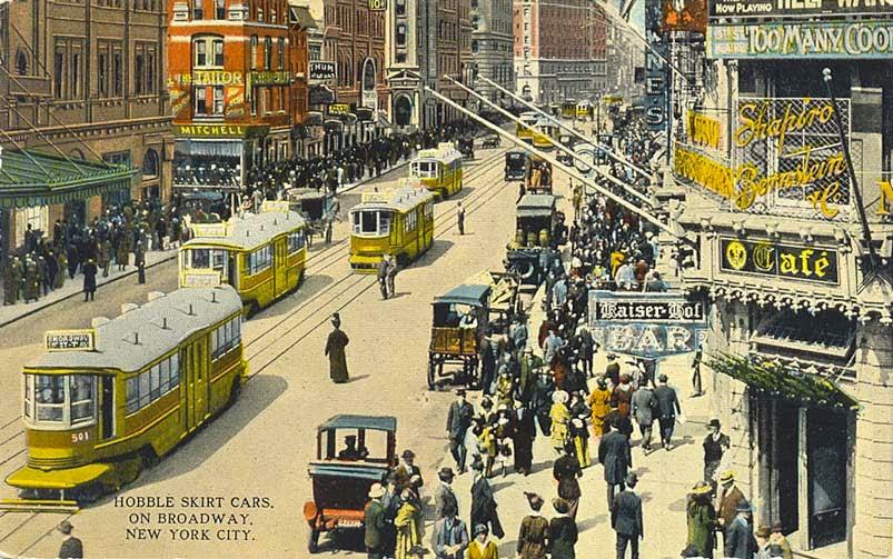 Hobble skirt cars on Broadway in New York City (1914)